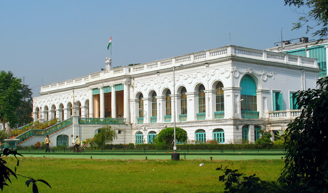 National library is a famous and big library in kolkata. download wallpapers and images.