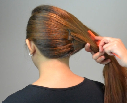 Model French twist