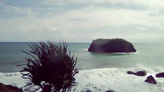 Inilah Daftar Objek Wisata Pantai di Jawa Barat Paling Berbahaya