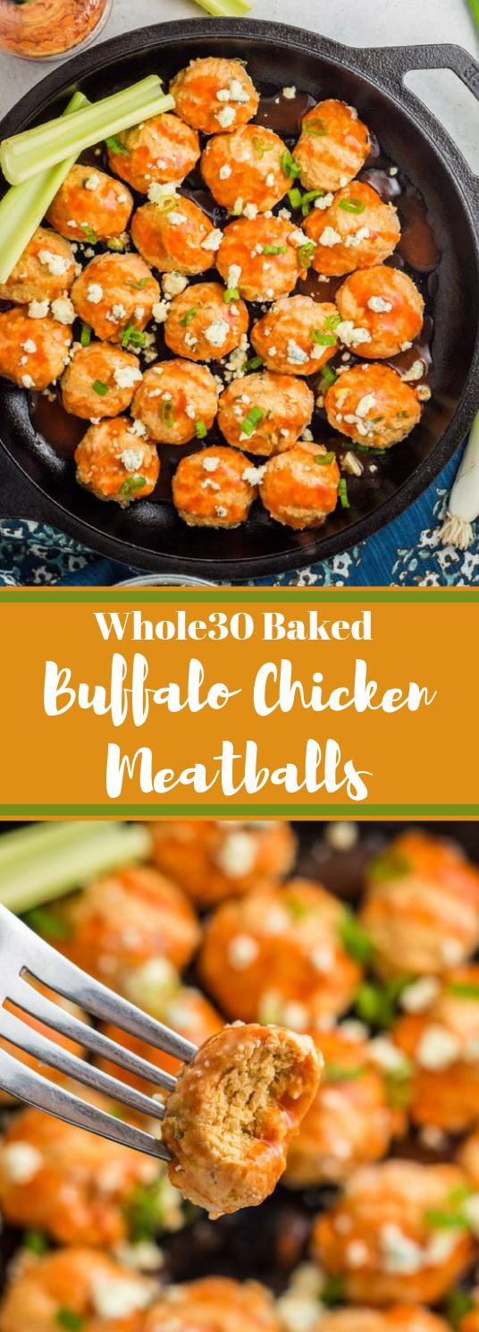 Whole30 Baked Buffalo Chicken Meatballs #paleo #diet #whole30 #buffalo #healthy
