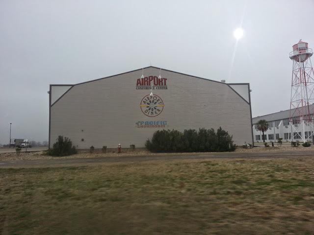 Hangar Hotel: (Fredericksburg ,Texas)