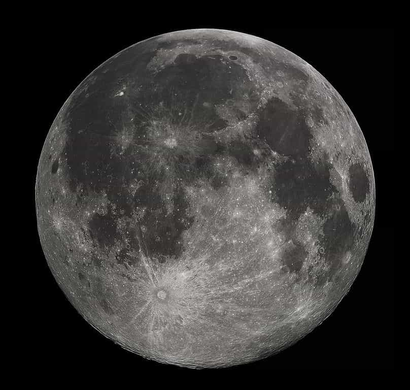 The Moon - facts about the Moon