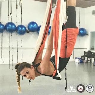 qué es yoga aéreo?