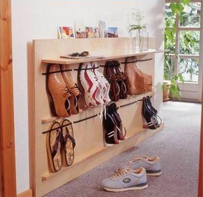diy space saving hanging shoe rack the idea king. Black Bedroom Furniture Sets. Home Design Ideas