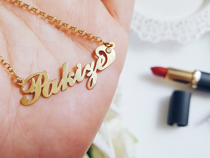 Personalisierte Carrie Style Namenskette von Namesforever & Giveaway / Gewinnspiel - Madame Keke Luxury Beauty & Lifetstyle Blog 3