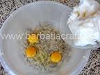 Fursecuri de casa cu crema preparare reteta - punem untura peste trei oua