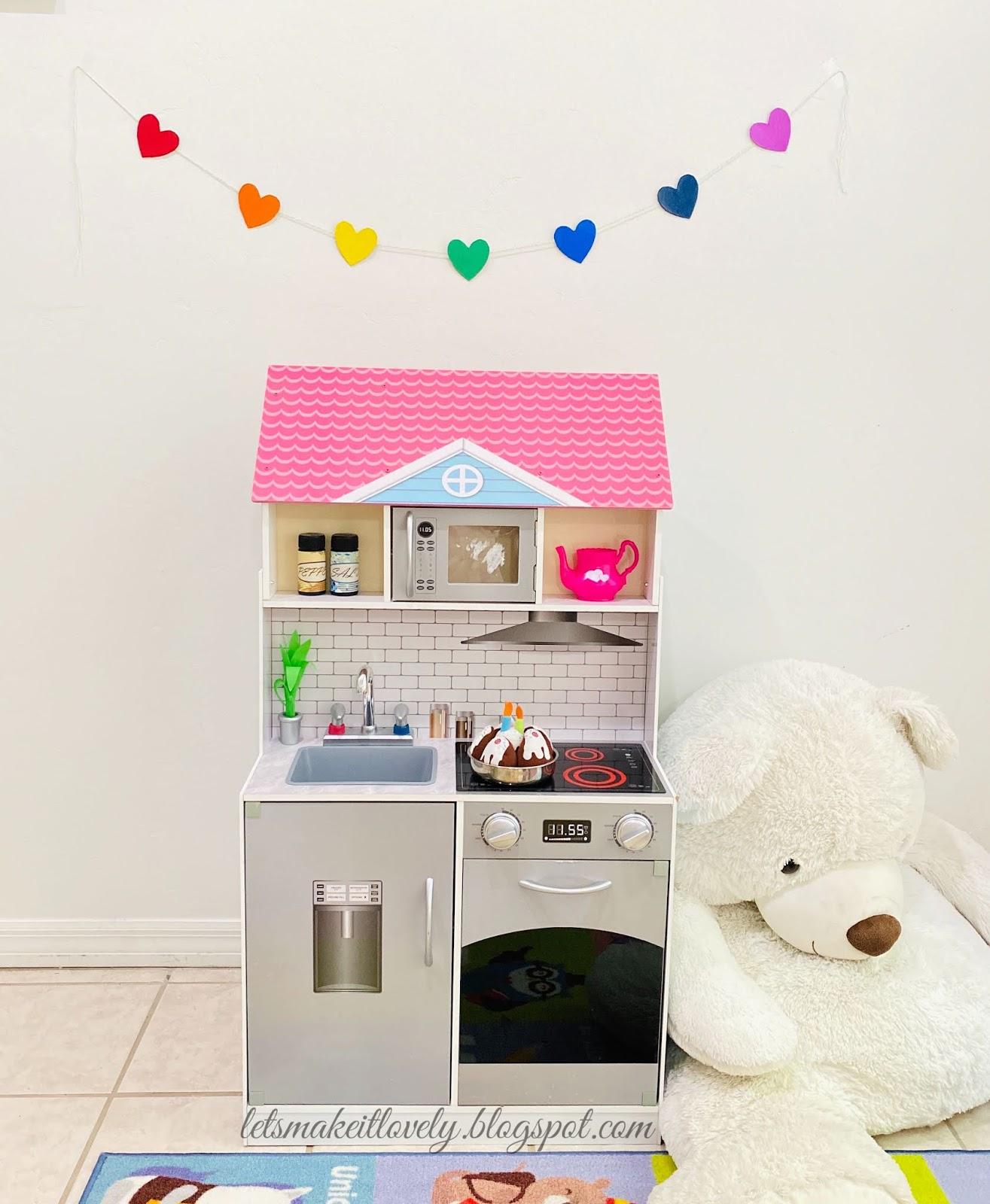 Kids craft, Cardboard craft, Heart banner, DIY Kids room Decor, Easy crafts for kids