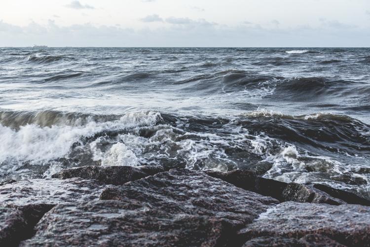 meren aallokko