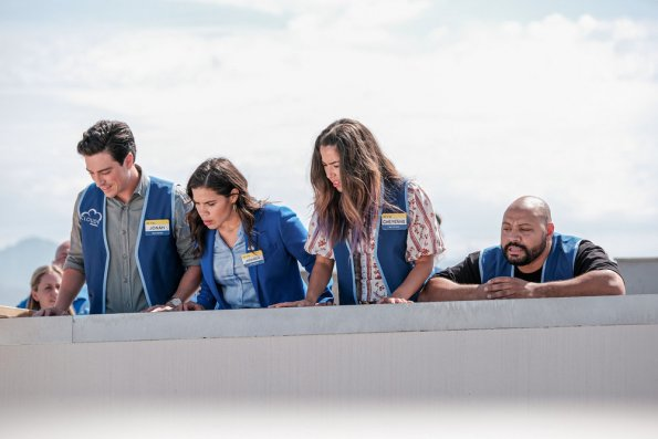 "NUP 187999 0368 595 - Superstore (S05E01) ""Cloud 9.0"" Season Premiere Preview"