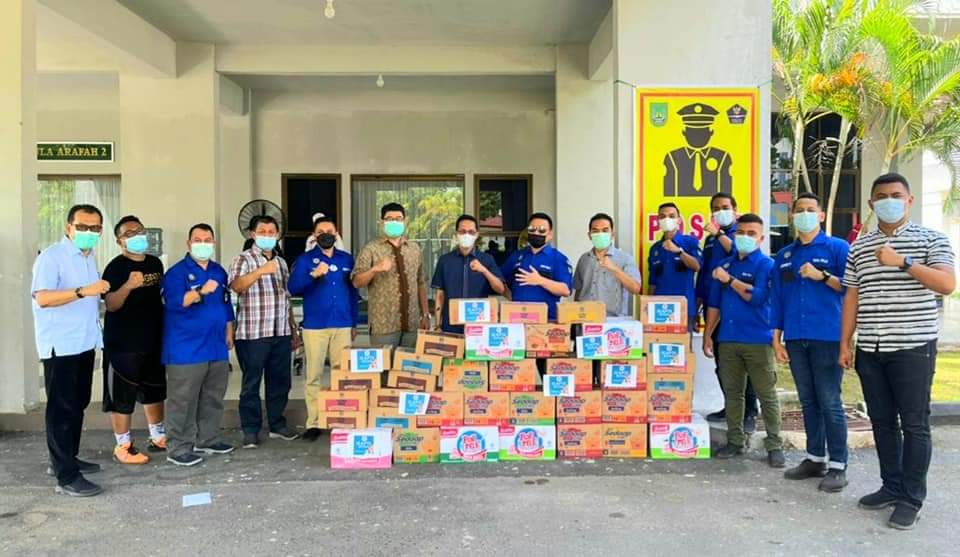 Nakes dan Pasien Covid-19 di Asrama Haji Mendapat Bantuan dari  IKAPTK Batam