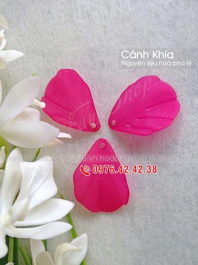 Nguyen lieu hoa pha le o Pho Hue