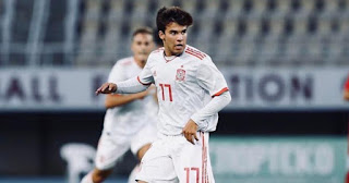 Barcelona sensational Riqui Puig and 3 other players makes debut appearance for Spain