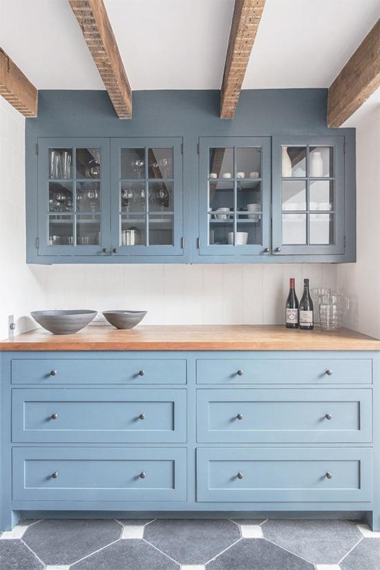 cozinha rústica, móvel azul, azul serenidade, serenity, decoração, decor, kitchen, rustic furniture