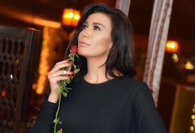 """نادين الراسي تحتفل بمسلسل """"ورد جوري"""".. صور"""