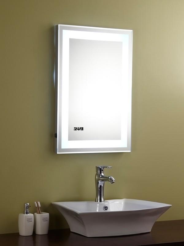 spiegel mit beleuchtung und steckdose hause dekoration ideen. Black Bedroom Furniture Sets. Home Design Ideas