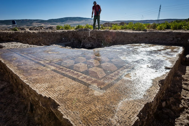 More than 1,000 Roman era sealings discovered in SE Turkey