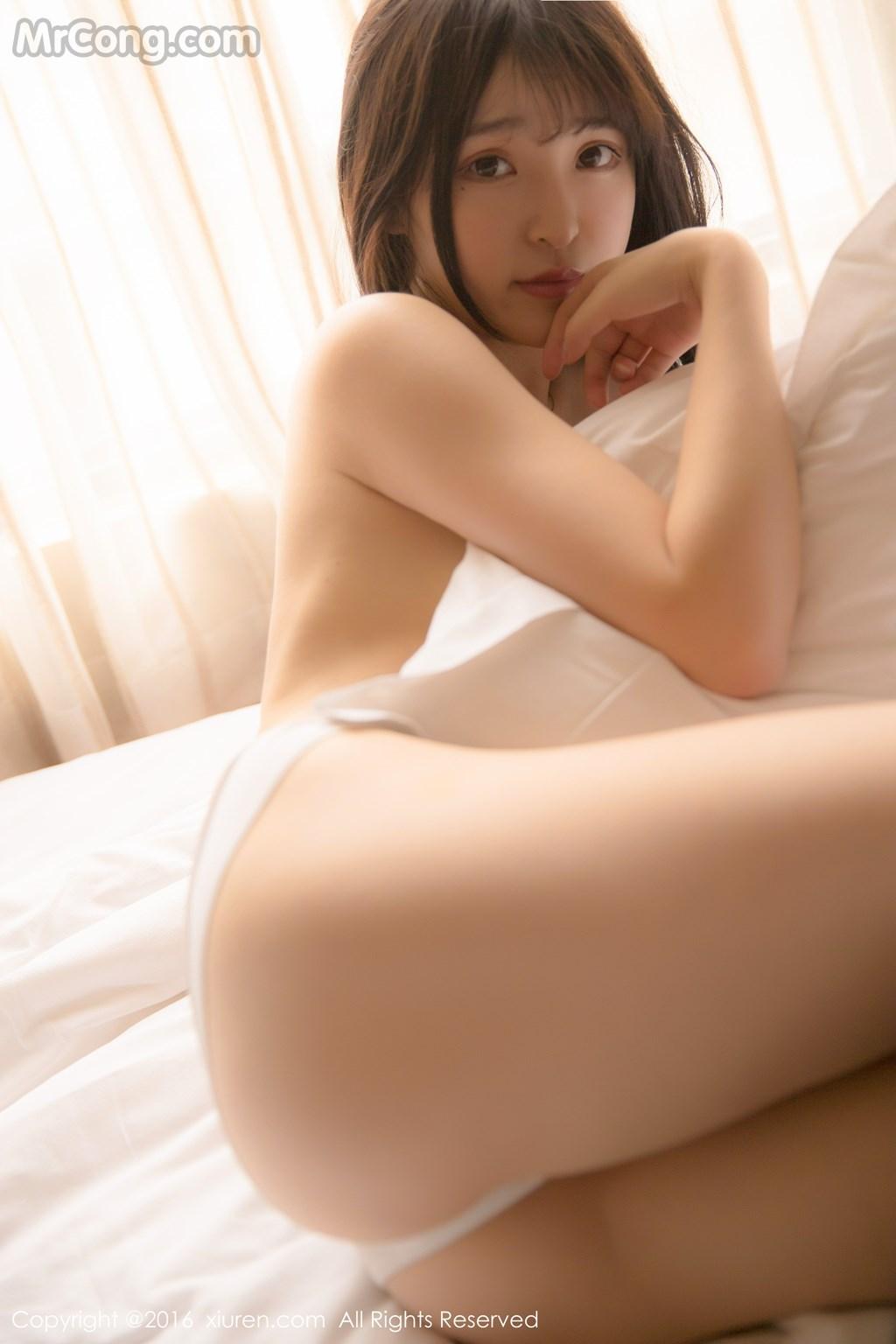 Image MrCong.com-XIUREN-No.571-MoMo-Yi-Xiao-Qi-009 in post XIUREN No.571: Người mẫu MoMo (伊小七) (51 ảnh)