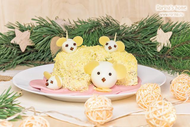 Салат «Мышки на сыре»: пошаговый рецепт