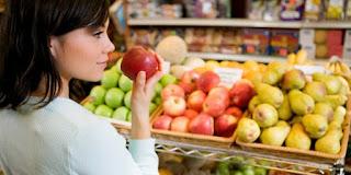 Kenapa Makan Buah Lebih Baik Dari pada Minum Jus Kemasan