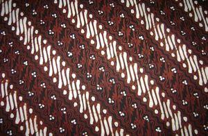 batik parang dan arah goresannya