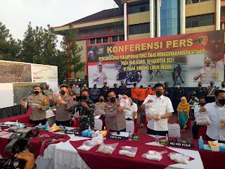 6,8 Kg Emas Utuh, Polda Sumut Berhasil Ungkap 5 Perampok Toko Emas di Pajak Simpang Limun Medan