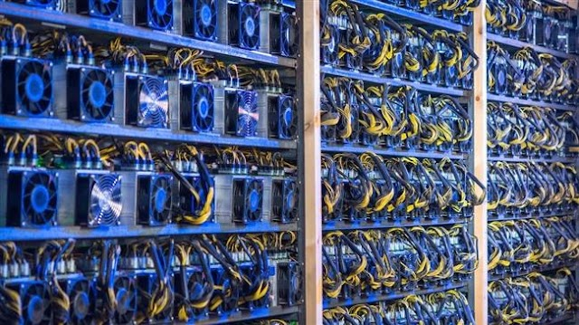 Iran issues license for biggest bitcoin mining farm: Report