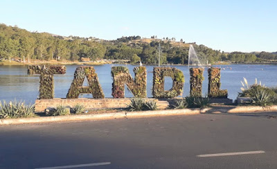 Monumento de flores a Tandil