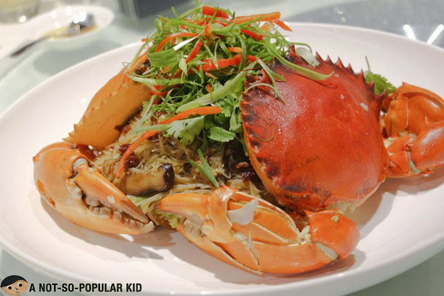 The best-selling Triple Cooked Crab Beehon of Ming Kee