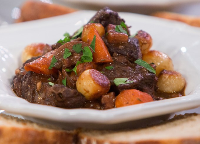 Slow Cooker Beef Bourguignon #beef #dinner