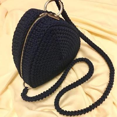 wzor na torebke szydelkowa
