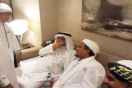 Kejadian Aneh beberapa Saat Setelah Sang Pembenci Ketemu HRS Di Mekah