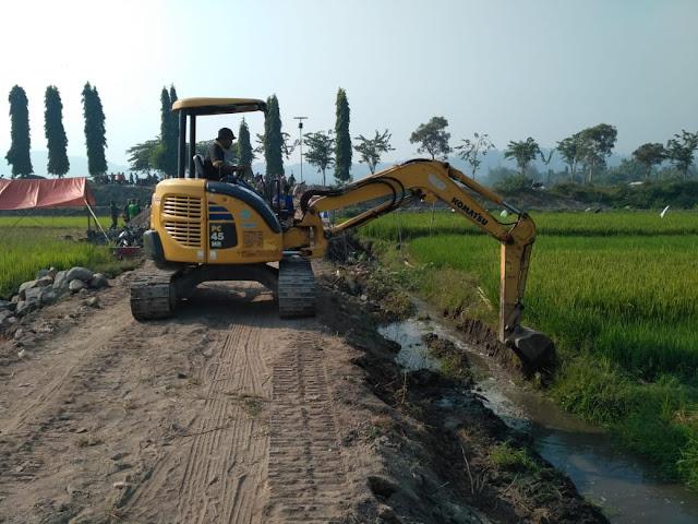 Alat Berat Diturunkan Kodim Klaten, Guna Kelancaran Pembuatan Talut Sasaran TMMD Reg 105