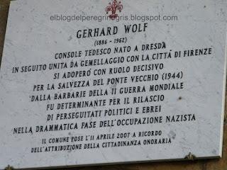 Placa en recuerdo a Wolf en el Ponte Vecchio