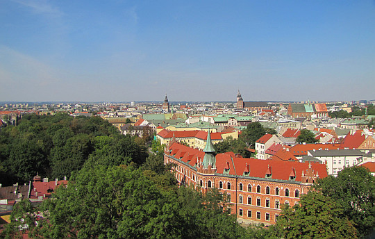 Kraków. Wawel. Widok z Wieży Zygmuntowskiej w kierunku południowym na Stare Miasto.