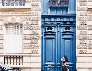معنى حلم الباب,كسر الباب المقفل في حلم بقوة