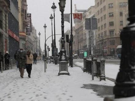 Ισπανία: Η Μαδρίτη προετοιμάζεται για τις σφοδρότερες χιονοπτώσεις εδώ και δεκαετίες!