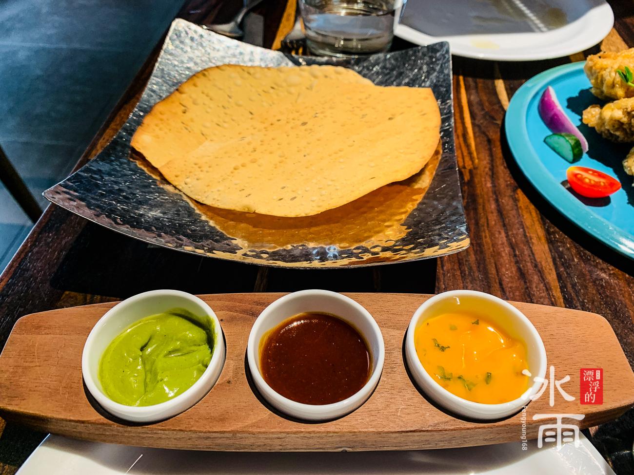 香料屋印度料理 招待的烤餅