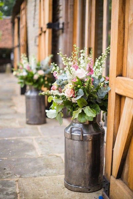 Wedding Venue decor ideas with flowers