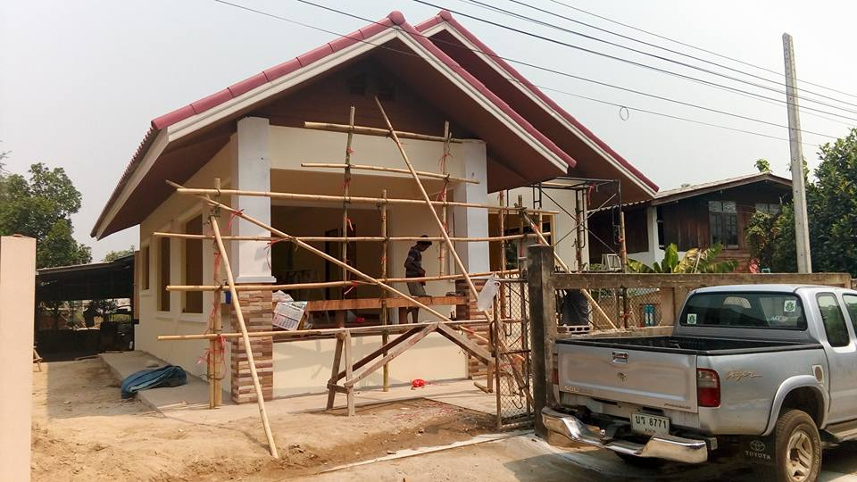 If you want a fast and easy to build your own dream house then this is the one for you. These detailed images will provide you with step by step instructions to build. These houses would be more suited to those who are a small size or even a medium size family.