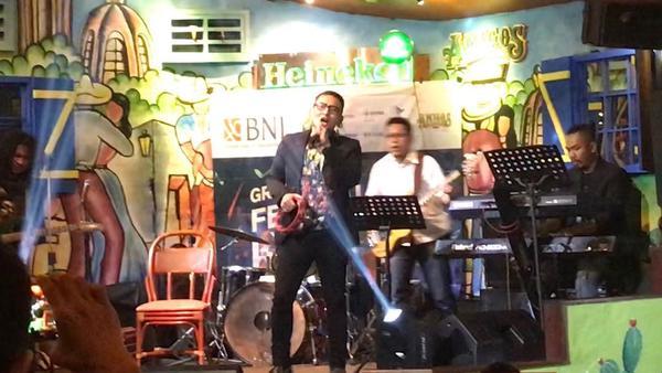 Stt, Musisi Ini Bocorkan Cara Jadi Penyanyi Profesional