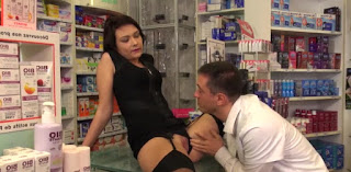 Sexo en la farmacia (Video Porno)