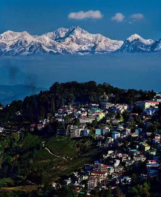 Darjeelin lowest budget tourist destination in India