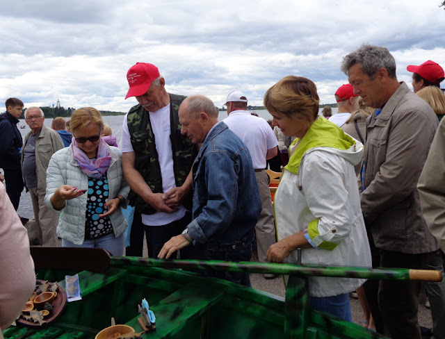 Конкурс мастеров-лодочников в Устье
