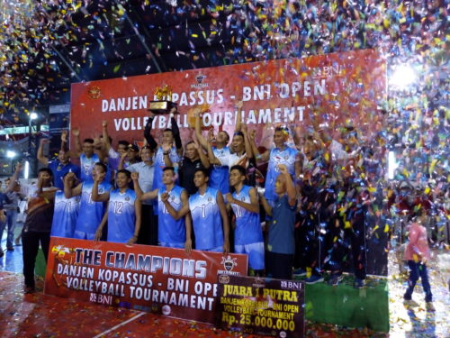 Tim Kopassus Lolos ke Semi Final di Laga BNI Open Vollyball