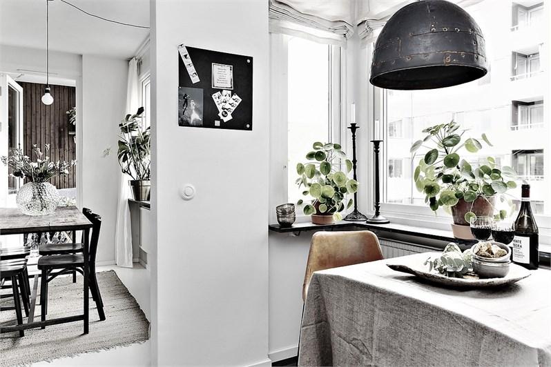 Arredare piccoli spazi uno studio di 50 mq home shabby for Arredare piccoli ingressi