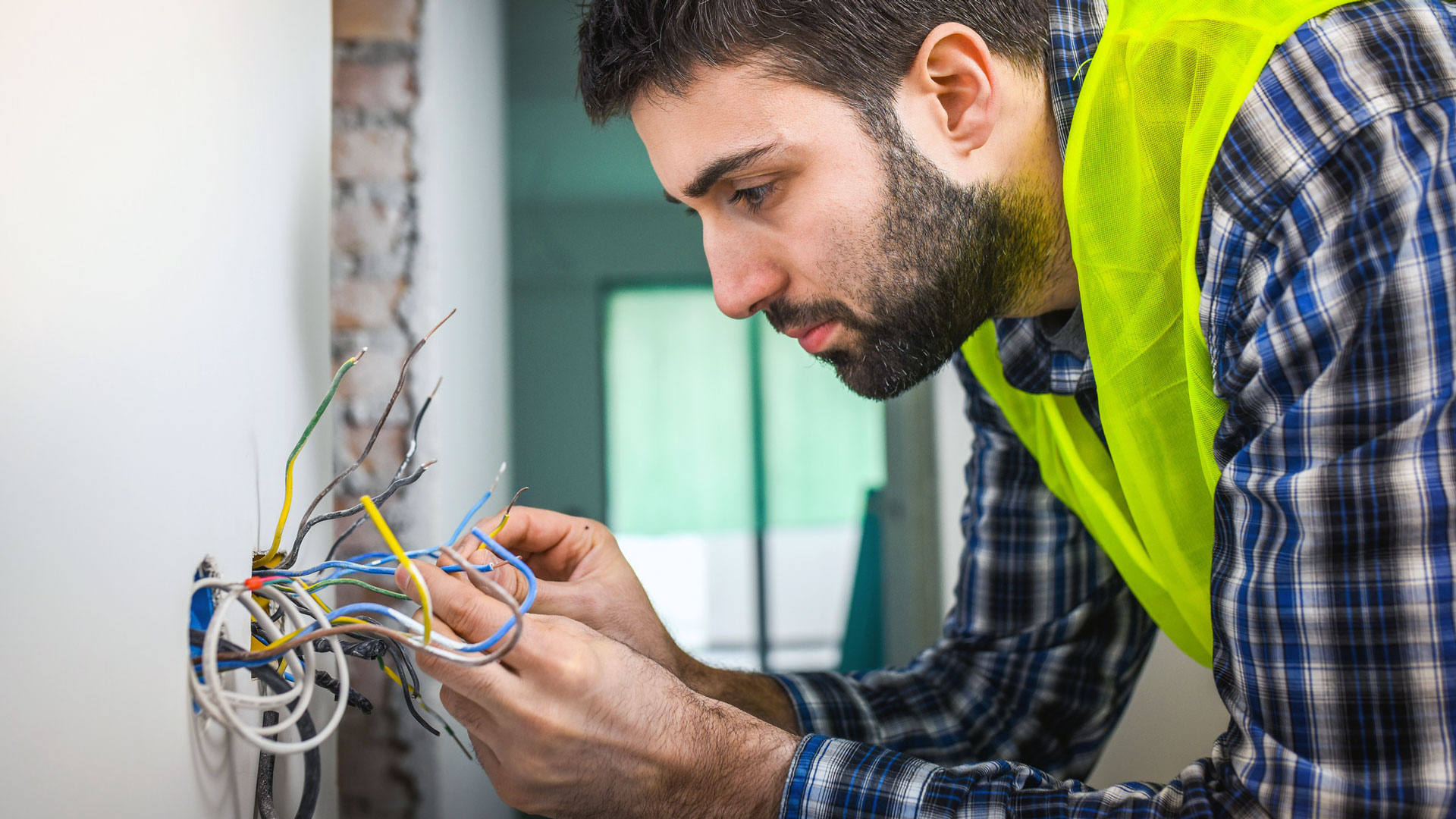 licensed electrical company Newcastle