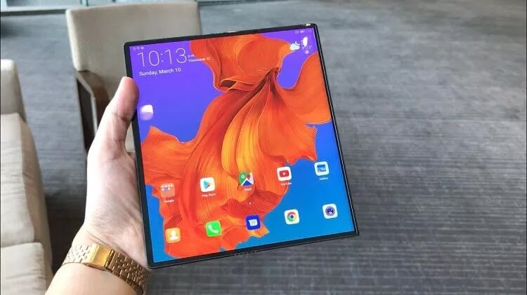 8-inch OLED screen