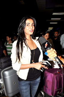 Neil Nitin Mukesh and Sonal Chauhan leave for upcoming hindi film '3G shoot