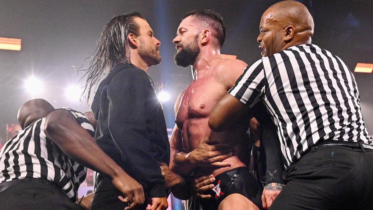 Revelados possíveis dois grandes anúncios de William Regal no WWE NXT