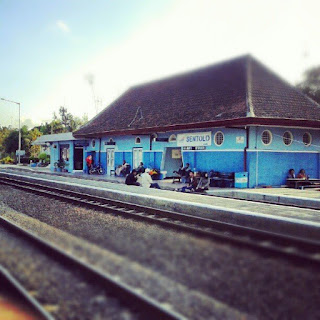 stasiun sentolo lama